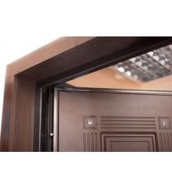 Доборы и наличники для входных дверей